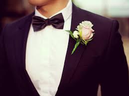 結婚式の日を迎えた、とあるカップル。だが花嫁が遅刻!そこで花婿がとった行動とは…。
